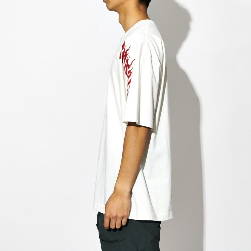 FLAME LOGO TEE Tシャツ